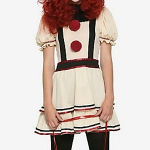 Scary Vintage Clown Costume with balloon